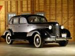 Oldsmobile Six 4-Door Touring Sedan 1937 года
